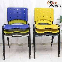 Cadeira fixa diversas cores.