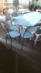 Mesa de abrir 4 cadeiras