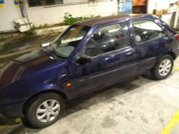Fiesta 97 GL azul $4900,00