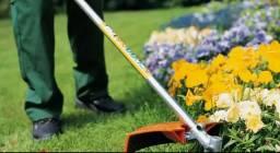 Serviço de roçadeira, manutenção de jardim