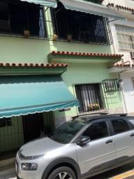 Título do anúncio: Casa para venda possui 139 metros quadrados com 3 quartos em Vila Isabel - Rio de Janeiro