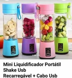 Título do anúncio: Mini Liquidificador Portátil Shake Usb Recarregável