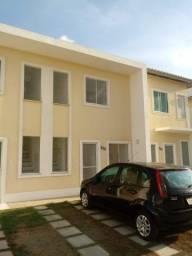 Alugo casa -  R$ 670,00 já condomínio incluso no Papagaio