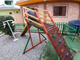Título do anúncio: Playground de Madeira