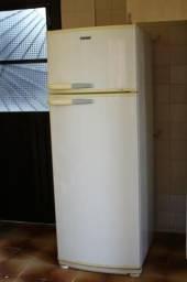 Geladeira Duplex Consul 360L