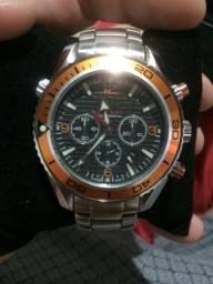 aa494e78d58 Relógio ômega 007