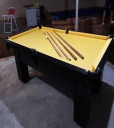 Mesa Quatro Pés laterais Cor Preta MDF Tecido Amarelo Tx Mod. BKNU5218