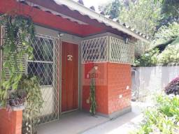 Casa para alugar, 26 m² por r$ 700,00/mês - golfe - teresópolis/rj