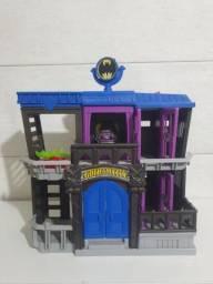 Imaginext Batcaverna