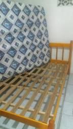 03 camas c/colchões, retirar em Tramandaí RS