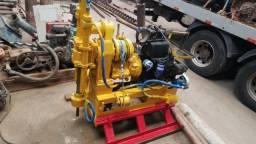 Perfuratriz Mach 850 motor Agrale M 790 e bomba de agua MT 100 motor ag. M 90