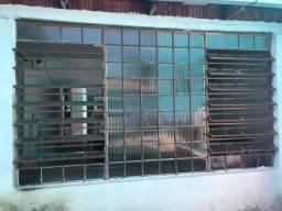 Janela Basculante em ferro 3m por 2 m -R$ 380,00