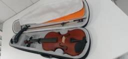 Violino novo. Quase sem uso. Com case