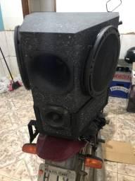 Caixa de som + suporte