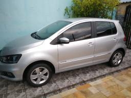 VW Fox HighLine 1.6 16v 2018 (impecável)
