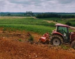 Alugo terreno/sítio/fazenda