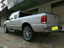 Ranger XLT estendida V6 4X4