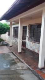 Casa à venda com 3 dormitórios em Glória, Belo horizonte cod:769221