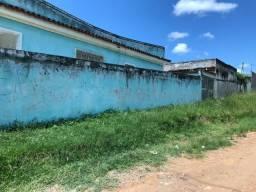 Vendo casa grande com vilas atrás , precisando de reforma !!!