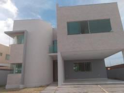 Excelente casa no Green Club