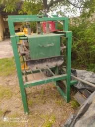 Máquina de fazer blocos