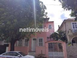 Casa Comercial com 6 Quartos para Aluguel nos Barris / Centro (583859)