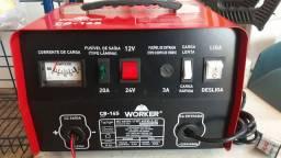 Carregador de bateria novo