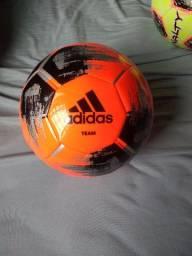 Bola de futebol de campo original