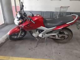 Vendo moto fazer 250.ano 2012