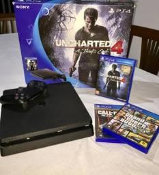 PlayStation 4 com 5 jogos