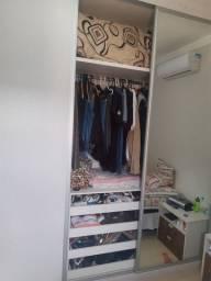 Guarda roupa de embutir