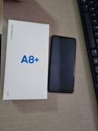 Samsung Galaxy A8+ usado em ótimo estado