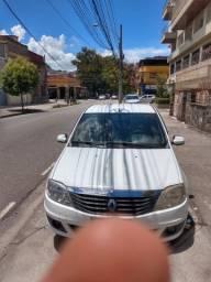 Renault Logan 1.6 Completo de Tudo. Carro de mulher, nada pra fazer. Todo Revisado