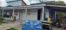 Vende-se esta casa Bairro Chico Mendes