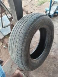 Vendo esse pneu aro 17 165/65
