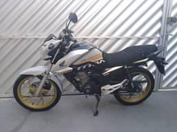 Moto Honda Titan 160 Edição Especial