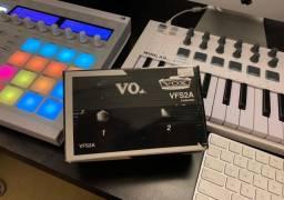 Pedal Footswitch Vox VFS2A + Cabo (NOVO NA CAIXA, SEM USO)