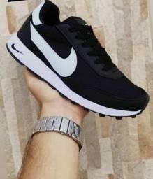 Nike preto