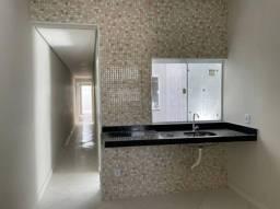 Casa com 2 Quartos e 2 banheiro 60m² - Pode ser SUA!!!