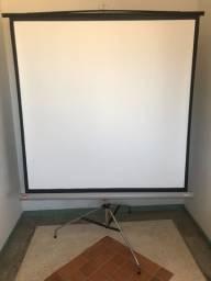Tela de Projeção Retrátil com Tripé 84 polegadas