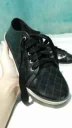 Sapato Tamanho 36 semi - novo Valor a Negociar