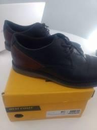 Sapato West Coast preto/conhaque