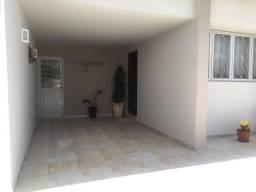 Título do anúncio: Casa para venda tem 150 metros quadrados com 3 quartos em Centro - Araras - SP