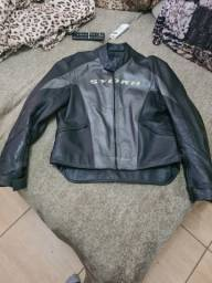 Jaqueta motociclista em couro