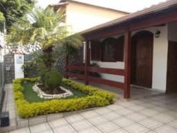 Casa lote 360m², 3quartos, 2 salas, 6vagas bairro Santa Amelia