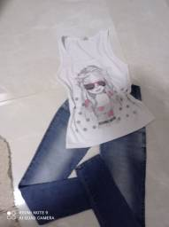O conjunto calça e blusa 20 reais cada conjunto tamanho 36/38
