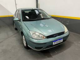 Ford Focus Guia 2.0 Sedan C/Teto 2001