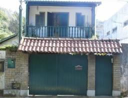 Mosela: Vendo Charmosa Casa em Ponto Nobre: Oportunidade: Estuda Oferta!