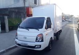 Hyundai HR 2.5 Bau Tci 2014 (parcelamento direto)