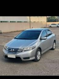 Título do anúncio: Vendo um Honda city 2012 2013